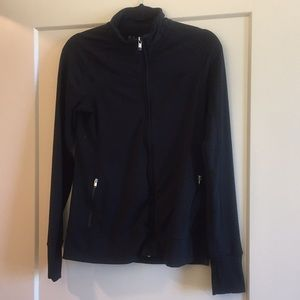 Gap fit black zip up size small